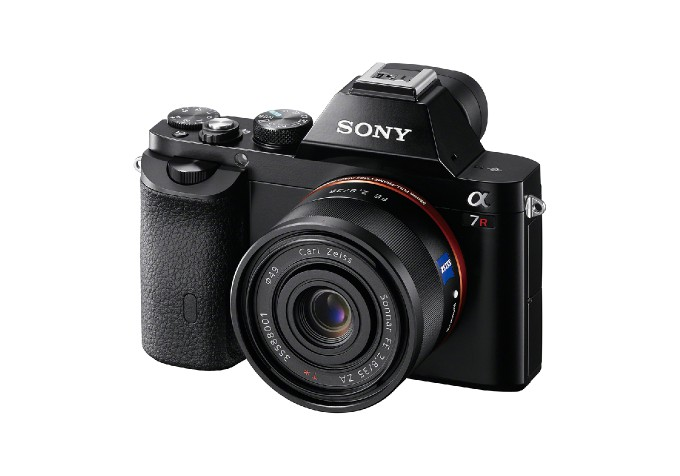 Sony Announces Full-Frame Mirrorless Cameras, Lenses and a New RX ...