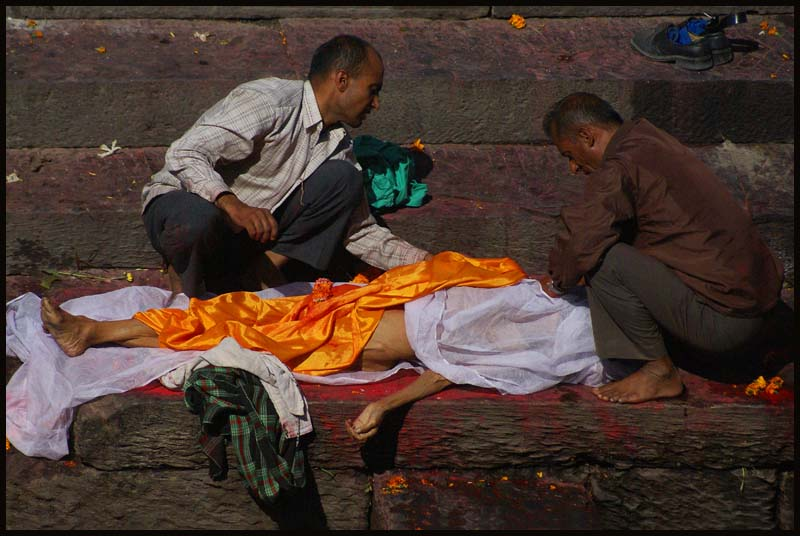 hindu funeral rite on the banks of bagmati riv downs jim