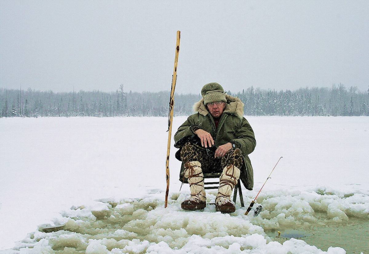 the ice fisherman author pluskwik paul