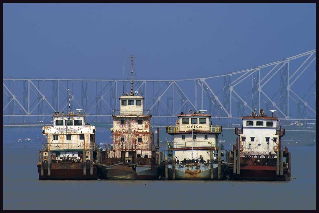 dredges on the hooghly river calcutta author do downs jim