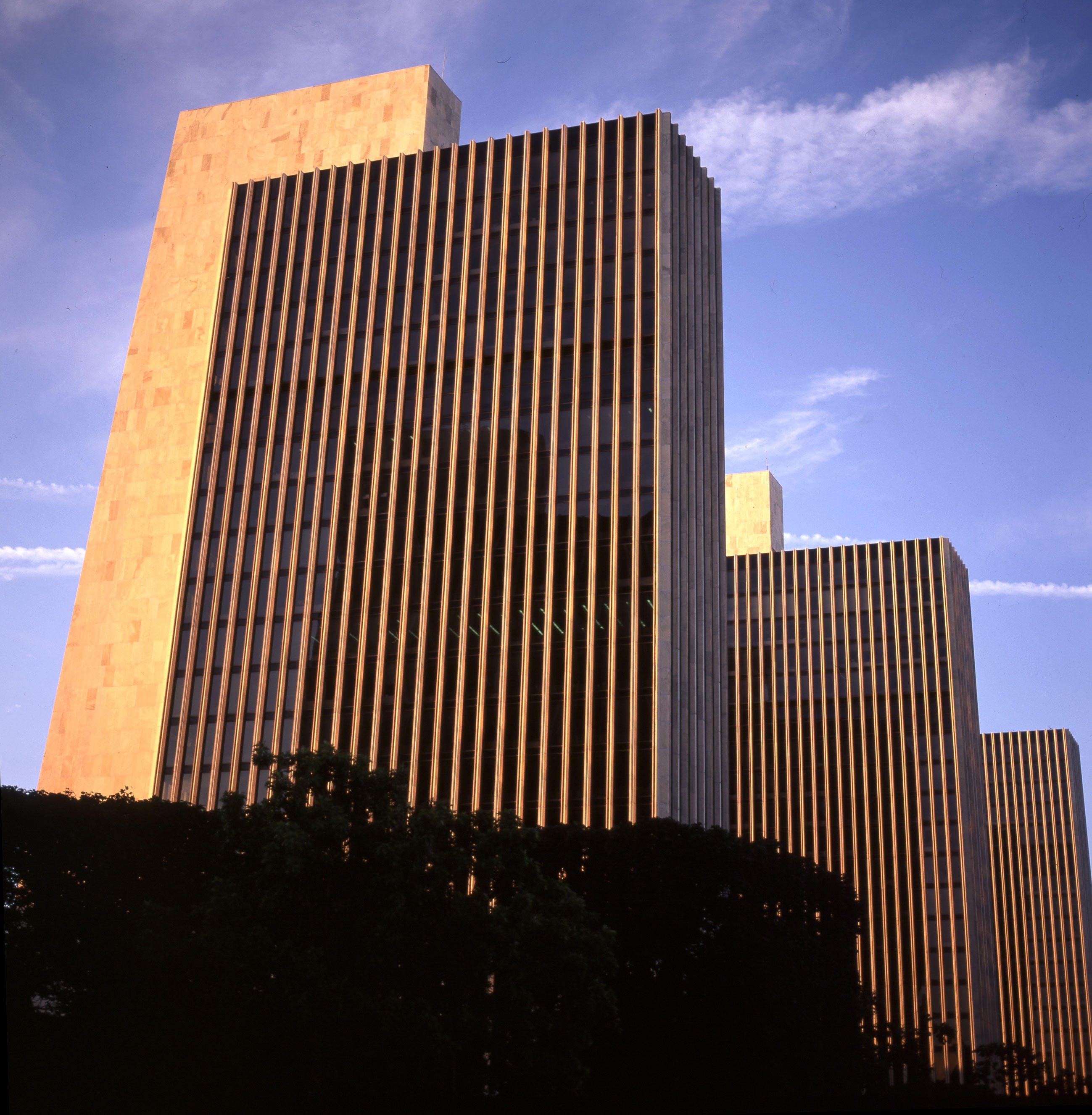 rockefeller empire state plaza author hull ray