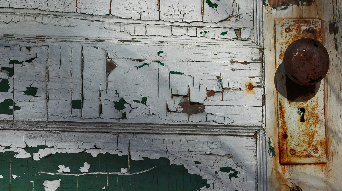 detail of shed door img abw author sava gregory a and verena