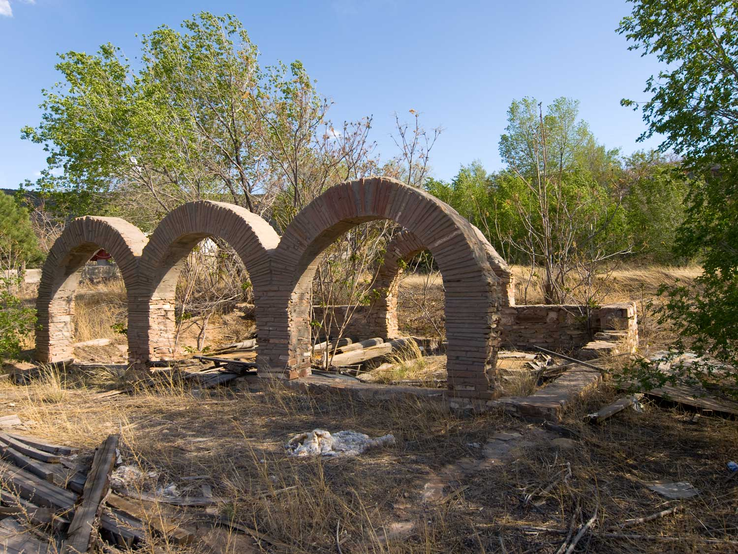 abiquiu arches author hull ray