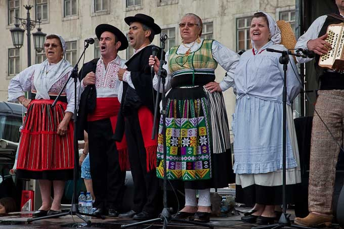 folk singers from perre author barros joao