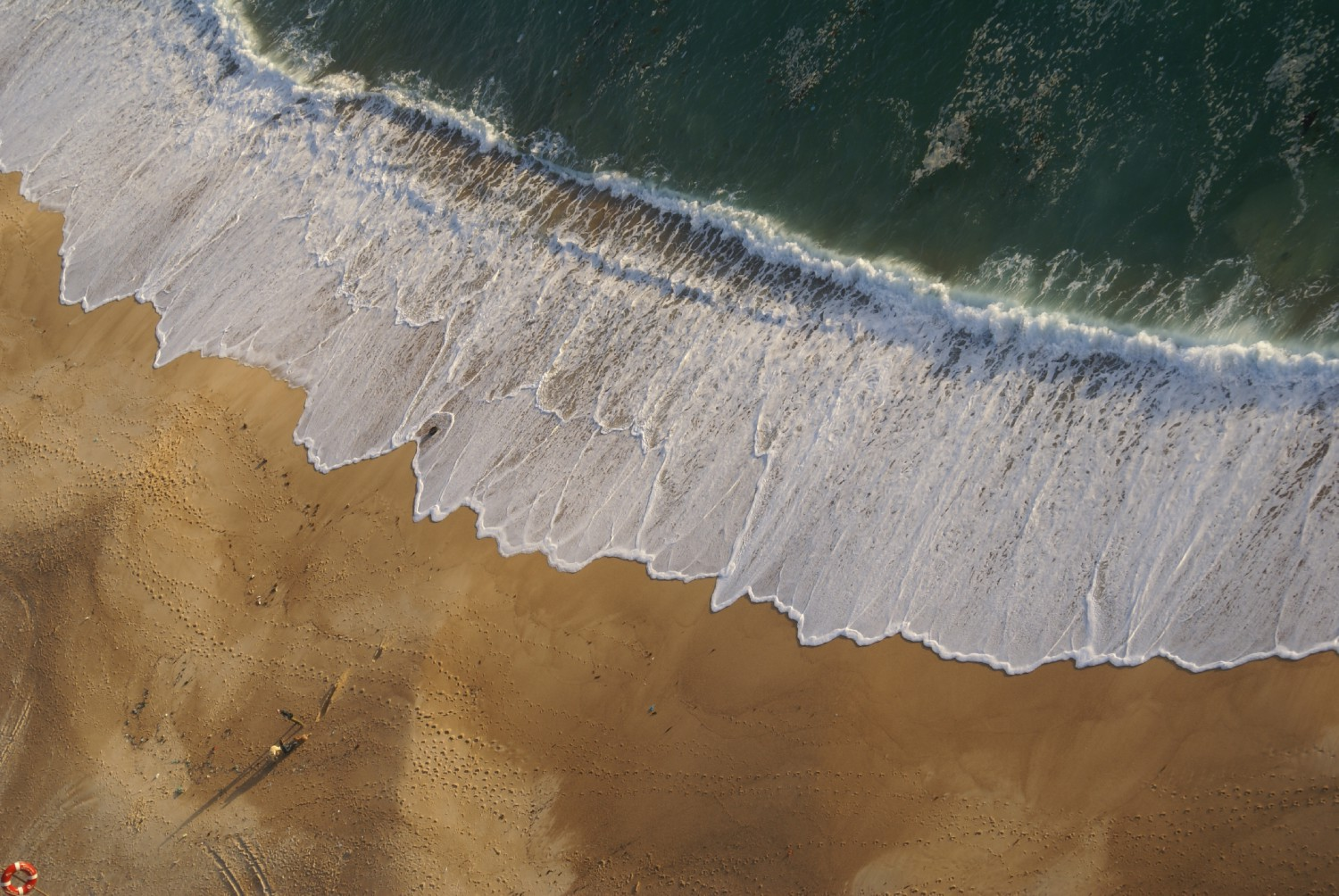 nazare portugal surf author yin tom
