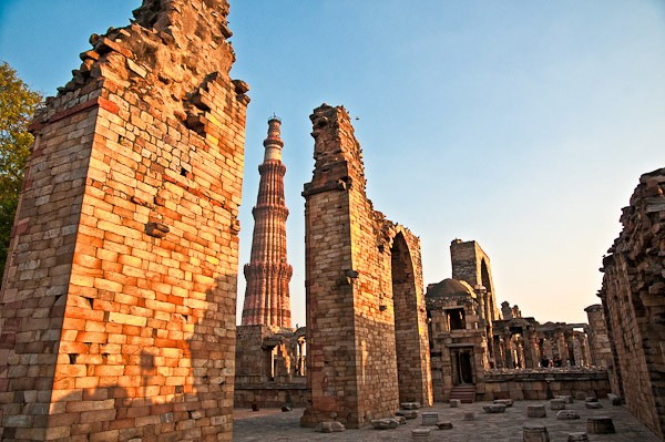 qutb minar ruins author gricoskie jared