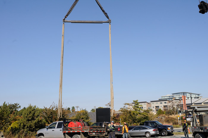 a spreader bar and lifting slings are now hanging melia wayne