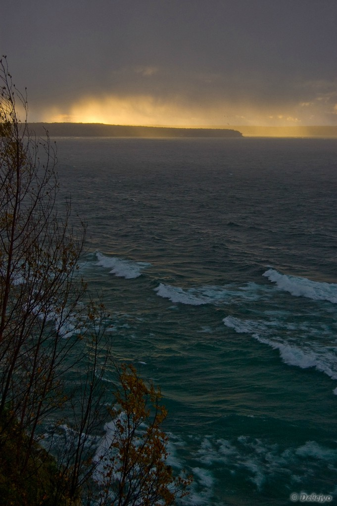 storm approaching from lake superior author ch chakraborty debejyo