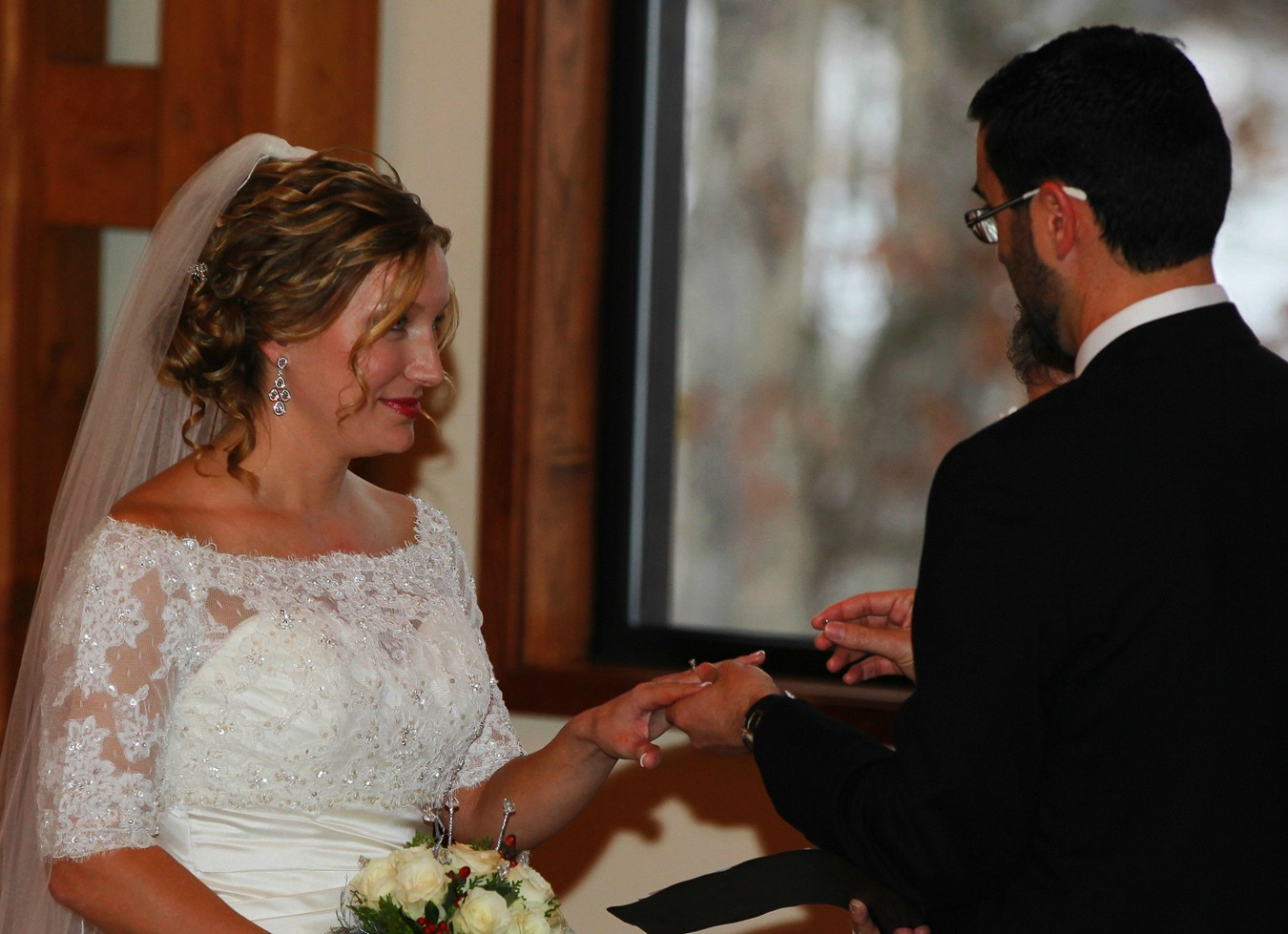 i thee wed img abw author sava gregory and verena