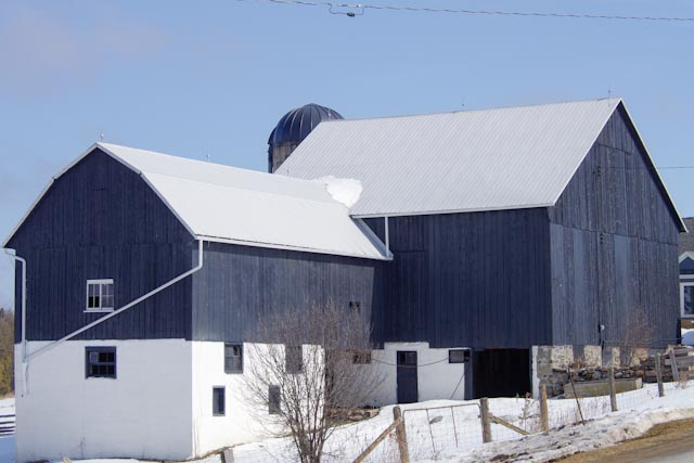was a red barn in cedervale author brooks david