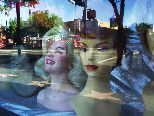 mannequins with reflection author ray