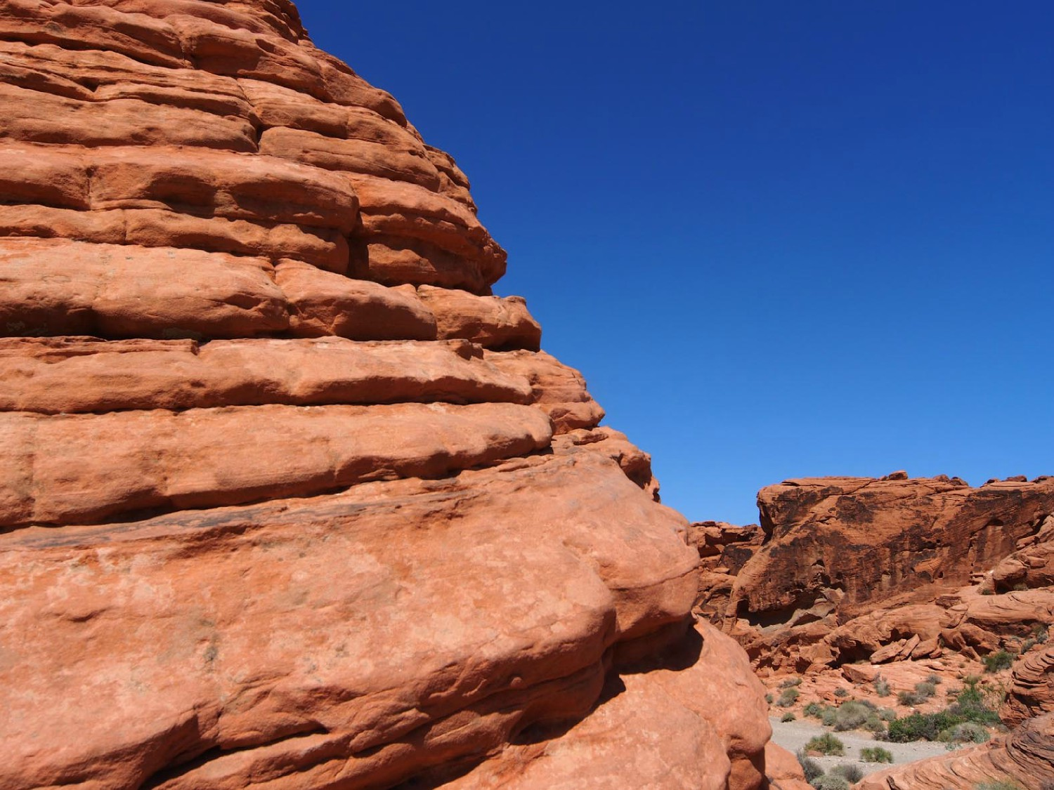 valley of fire beehive rock author hull ray