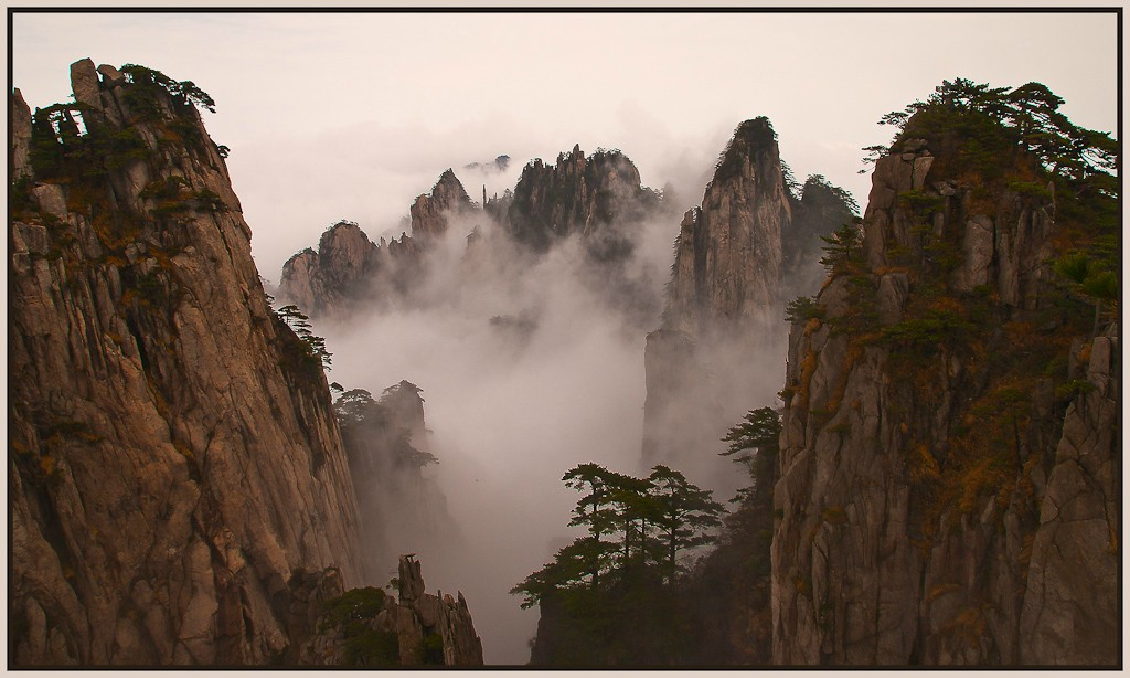 cloud canyon on huangshan mtn see large author d downs jim