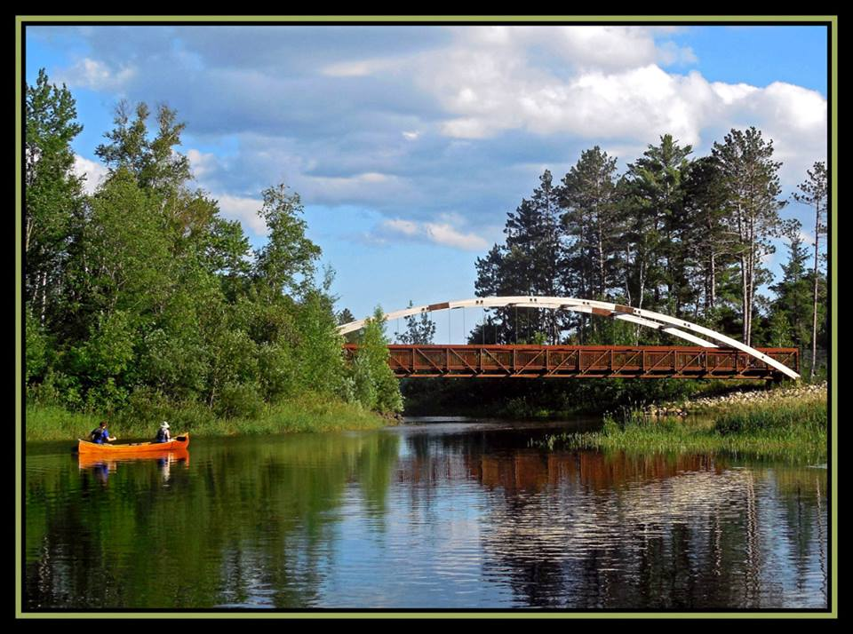 canoeing down the river author pluskwik paul