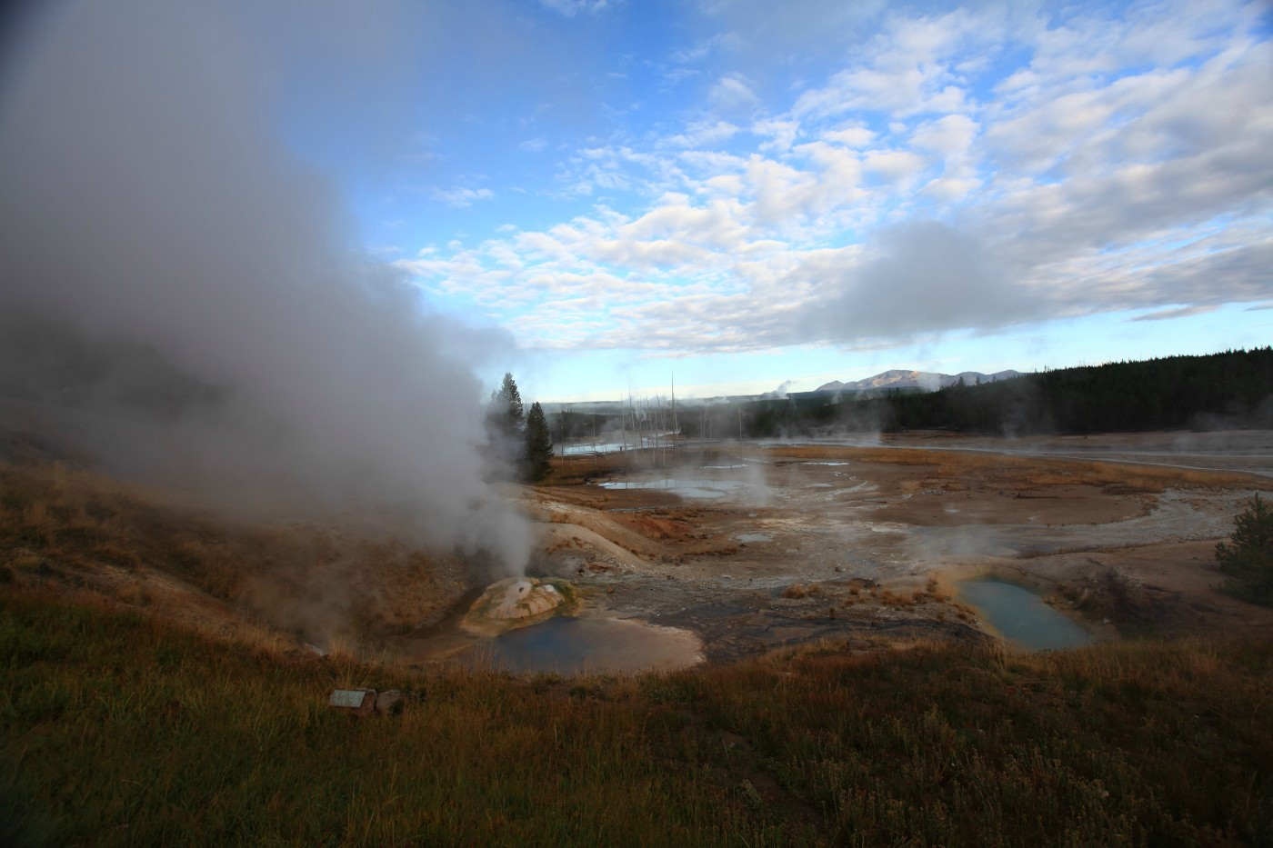 norris geyser basin feature yellowstone national szulecki joshua