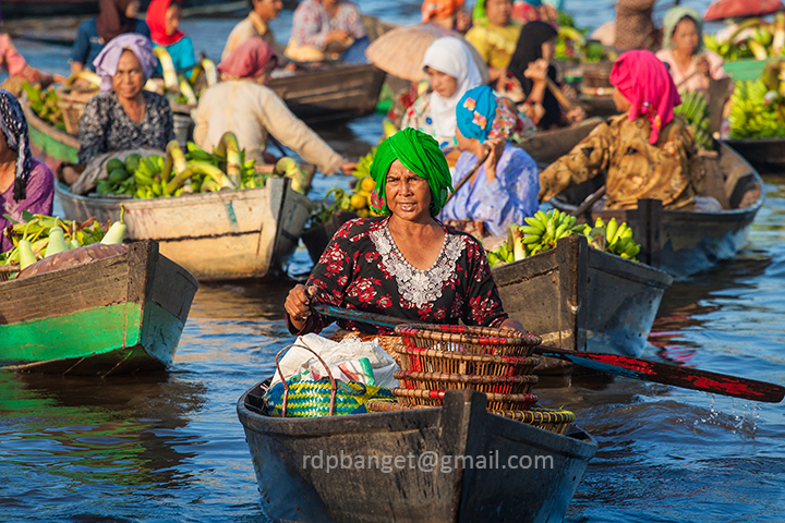 floating market banjarmasin author prakarsa rarin rarindra