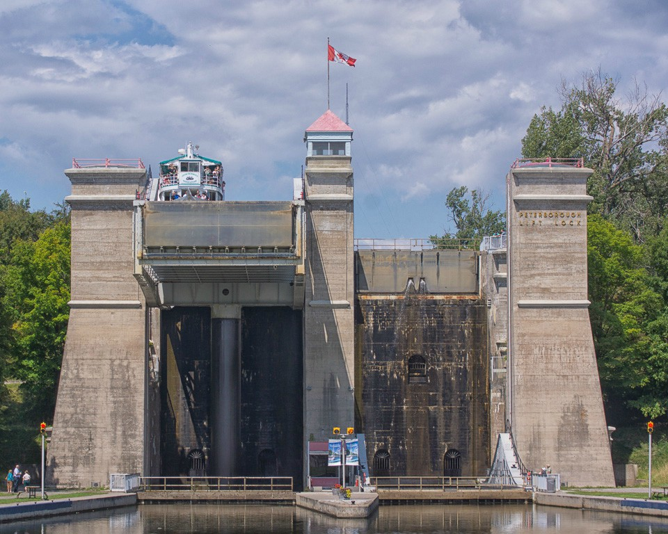 tallest lock in the world see large author downs jim