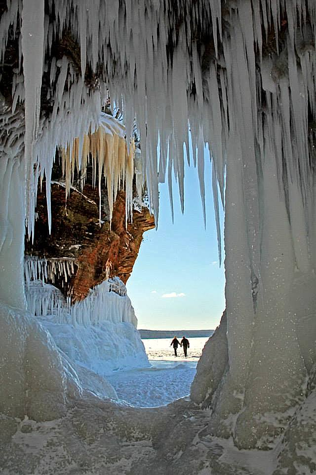 looking out from the ice cave author pluskwik p paul