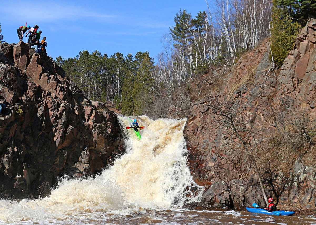 class extreme whitewater kayaking author pluskwik paul