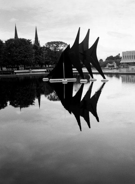 alexander calder triangles and arches author hul hull ray