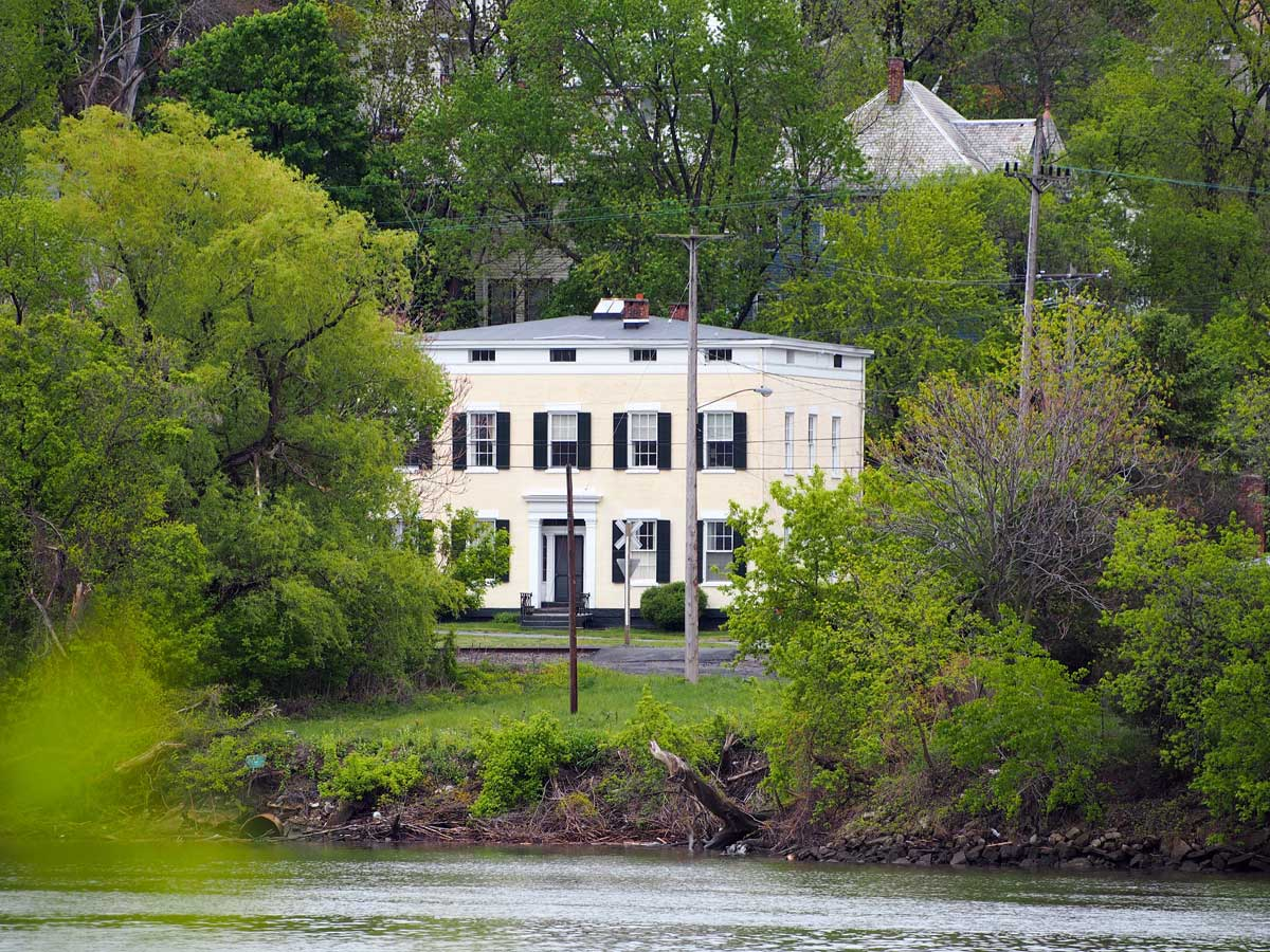 patroon agents house from albanyrivp author hull ray