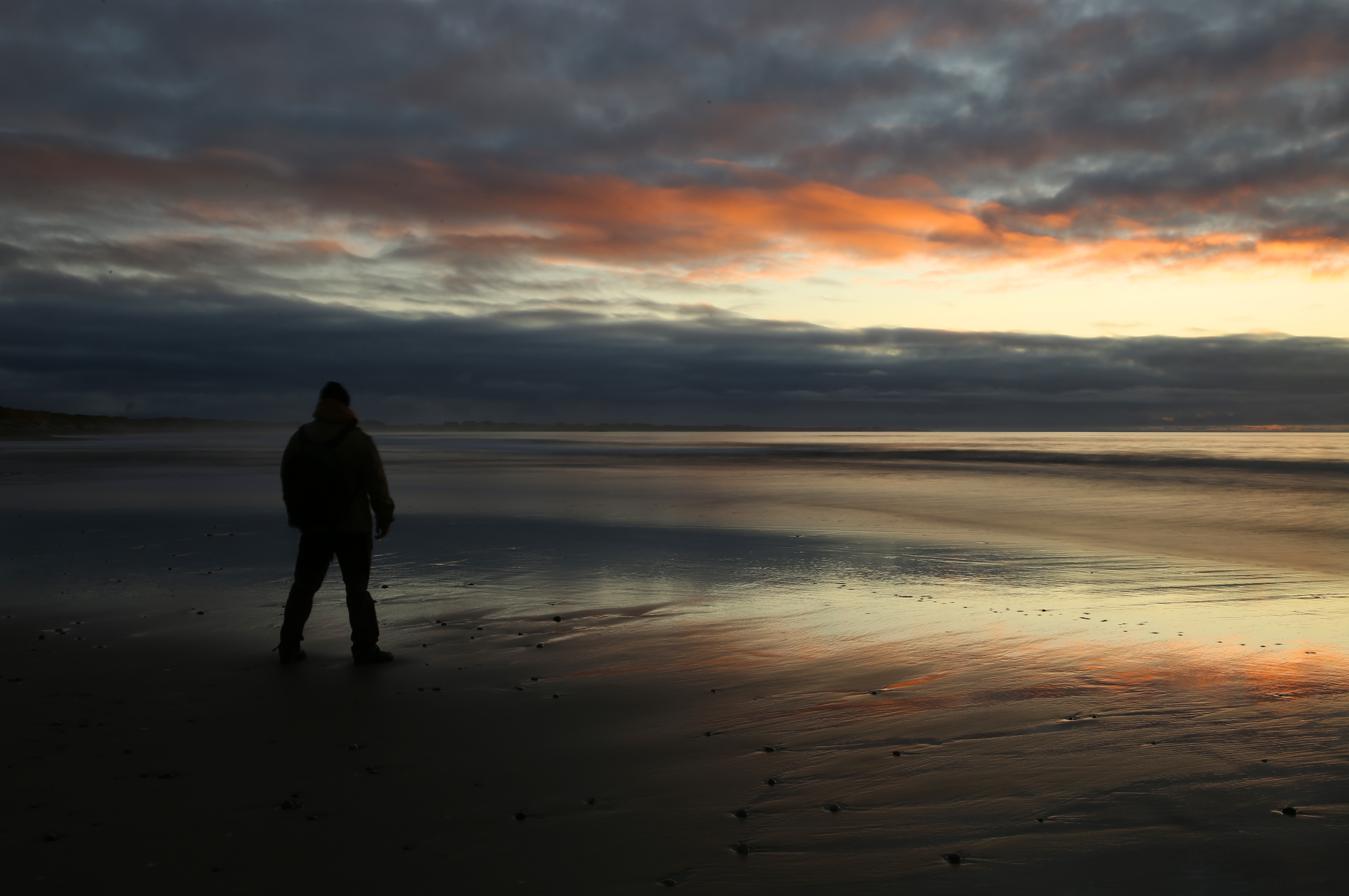 december at the beach author thomsen thor christ