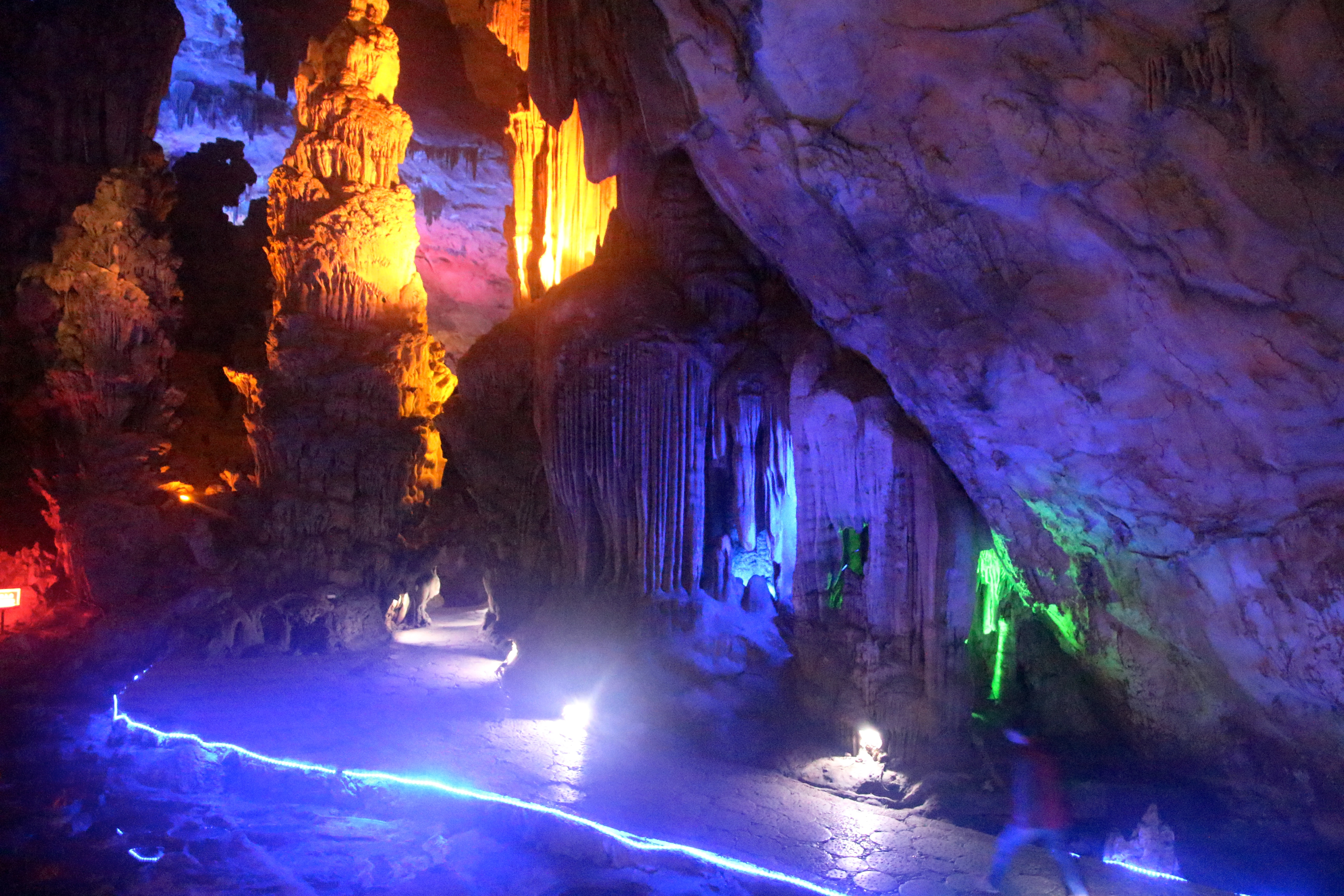 reed flute caves author lucke charlie the lights