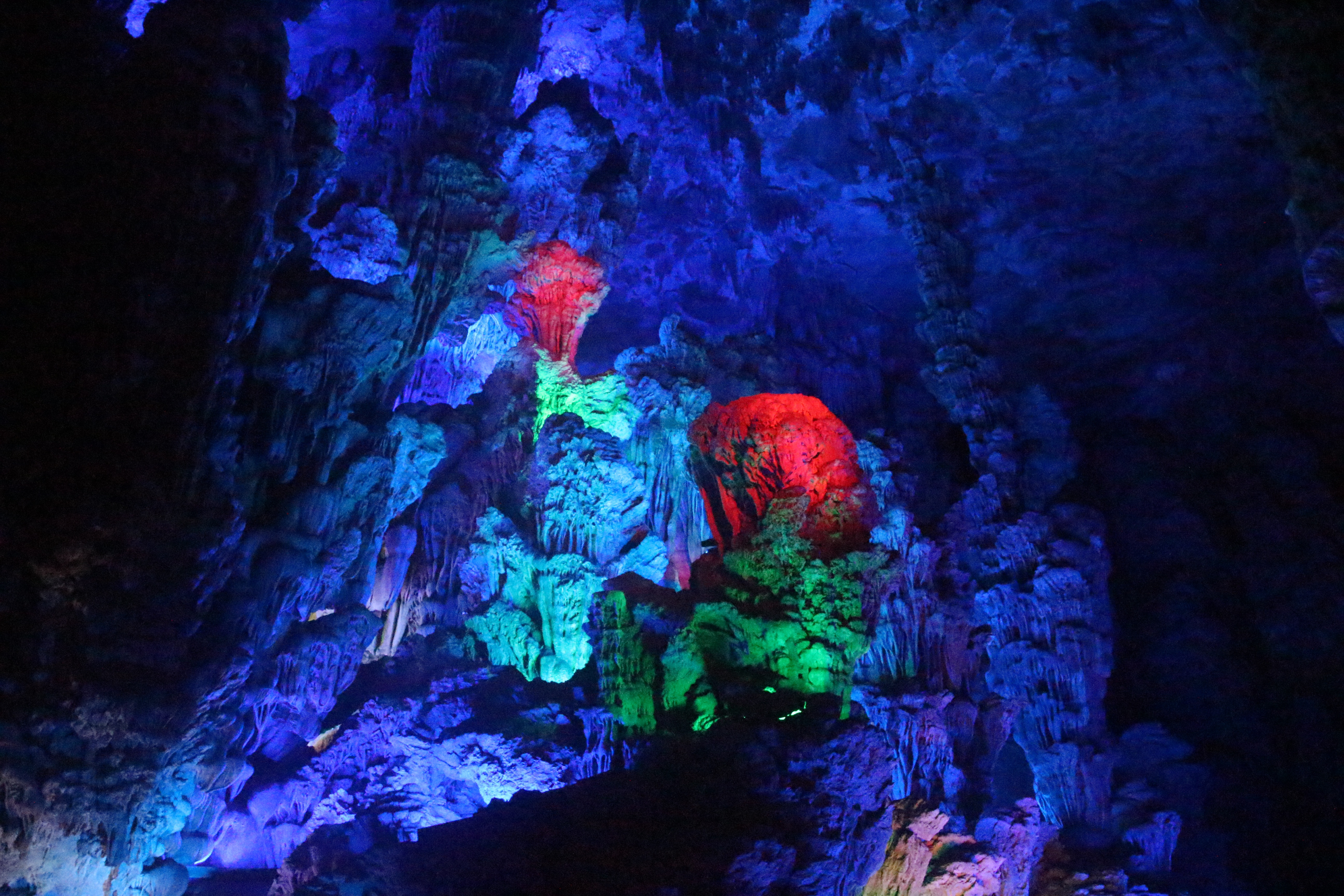 reed flute caves author lucke charlie the red li