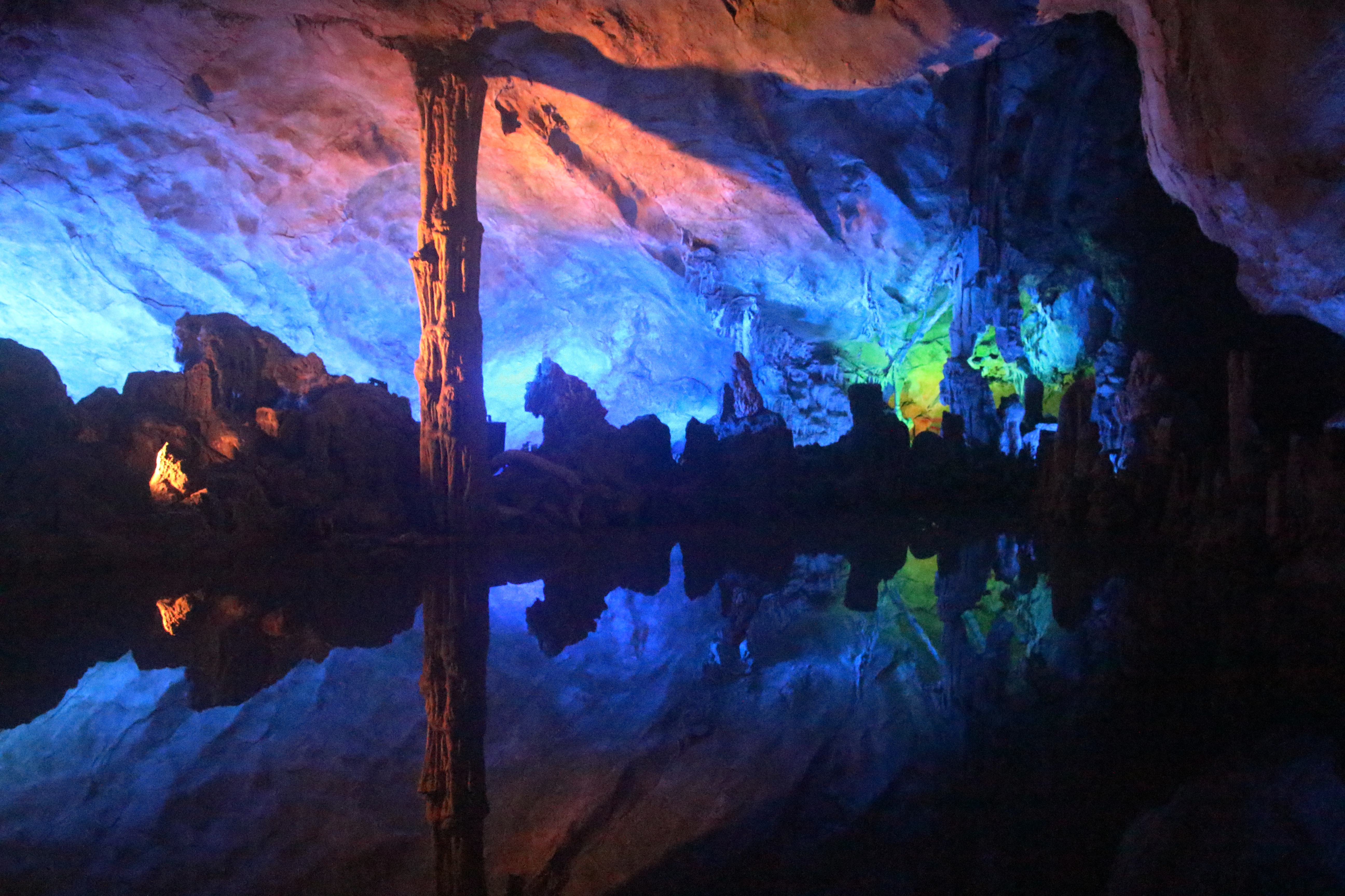 reed flute cave author lucke charlie wondrous si