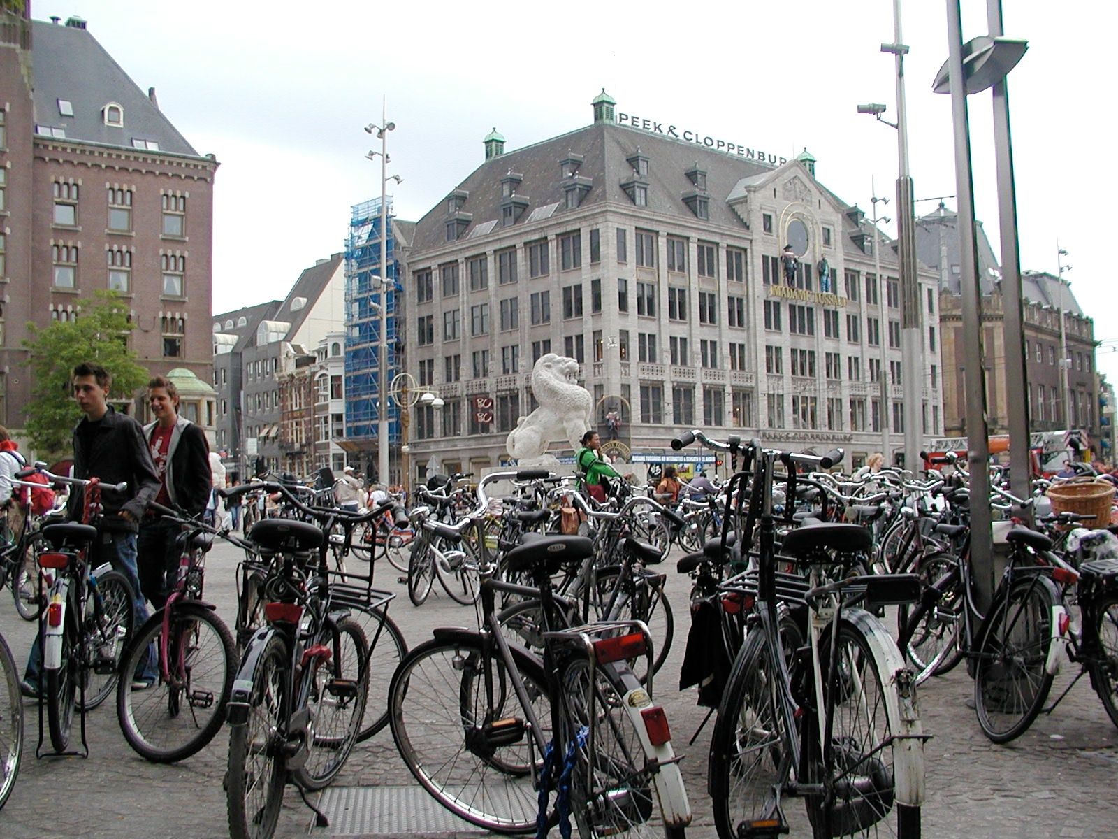 amsterdam bicycles author lucke charlie the dutc