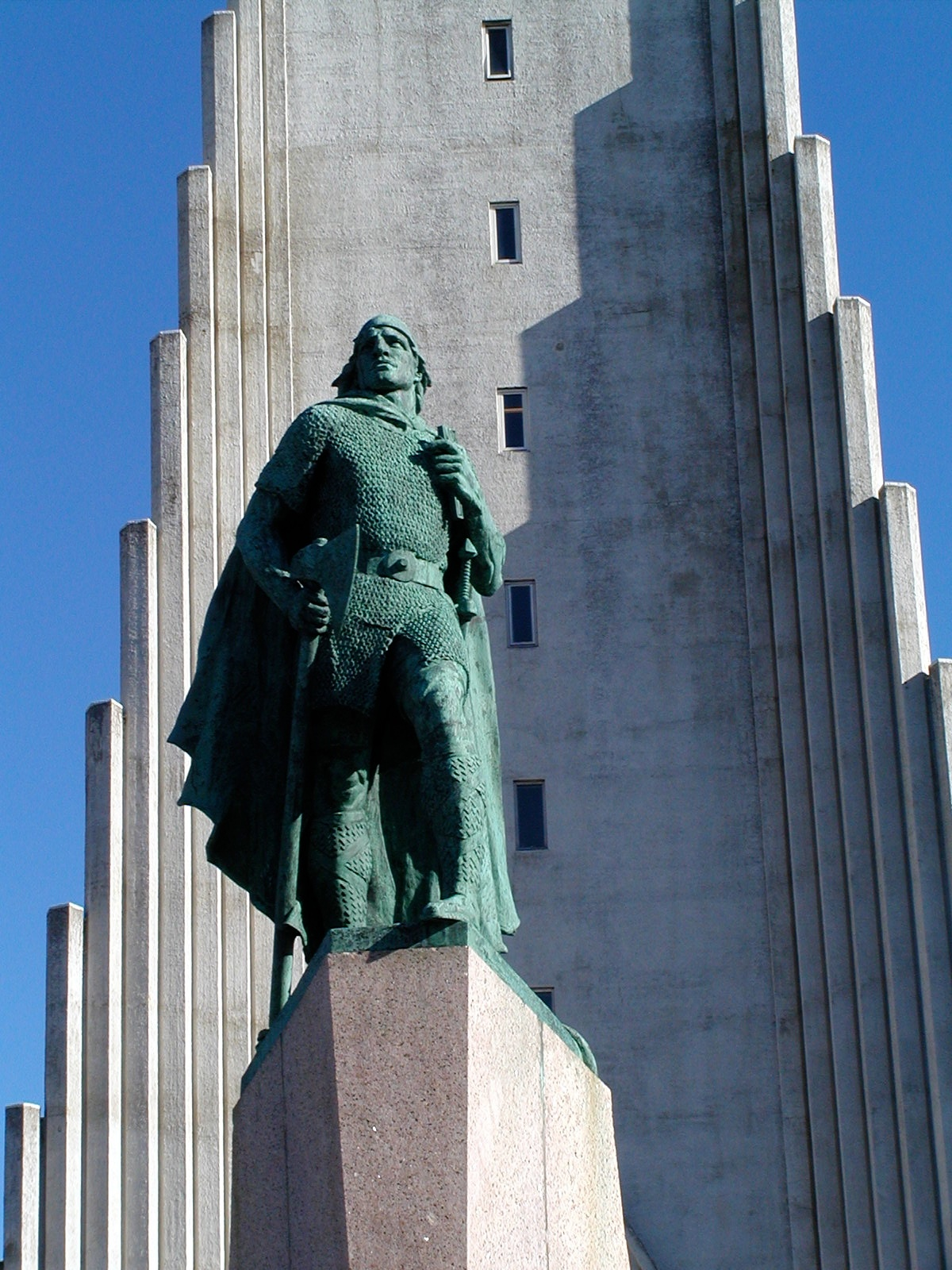 leif erikson author lucke charlie in front of th