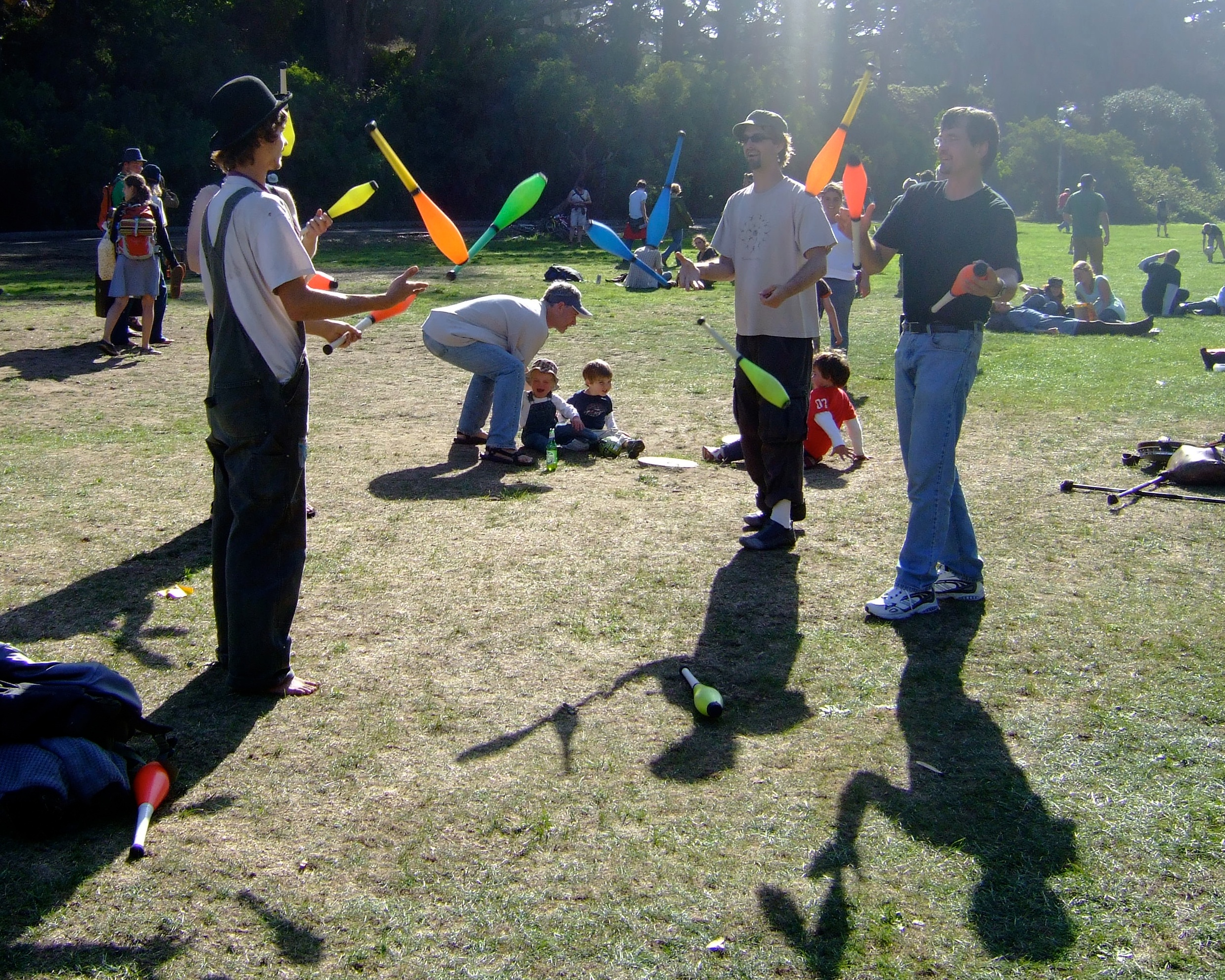 juggling at hardly strickly author lucke charlie