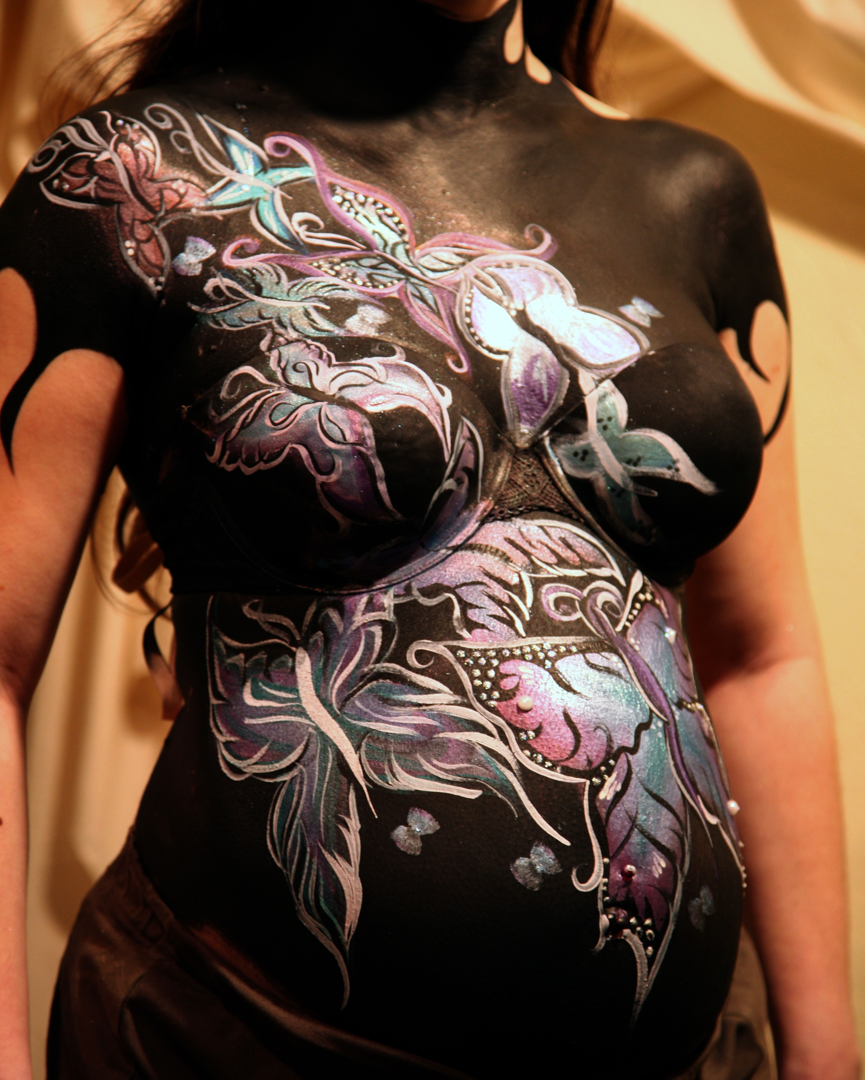 body painting author lucke charlie pregnant