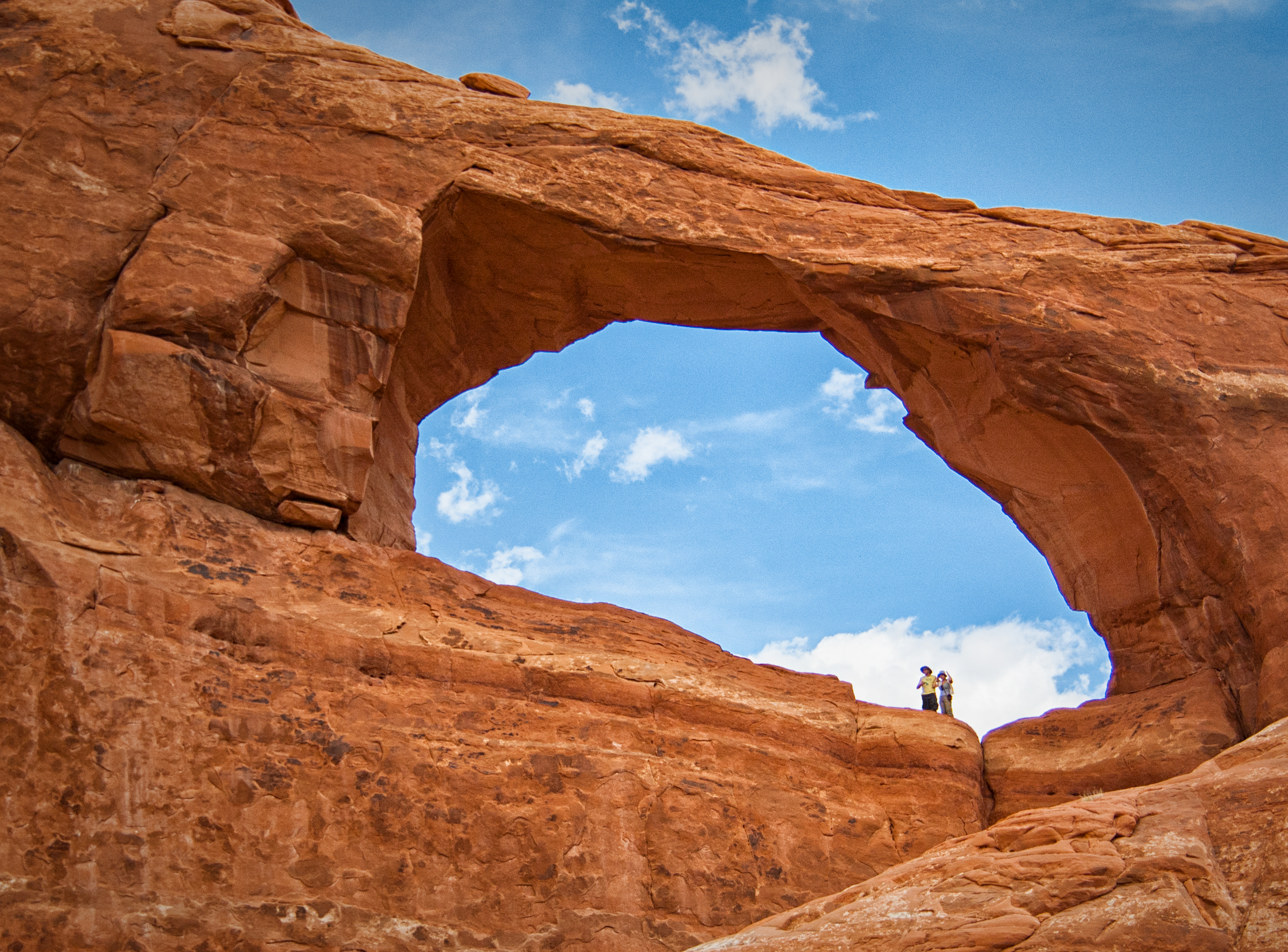 hole in the wall author bloy bruce arches np uta