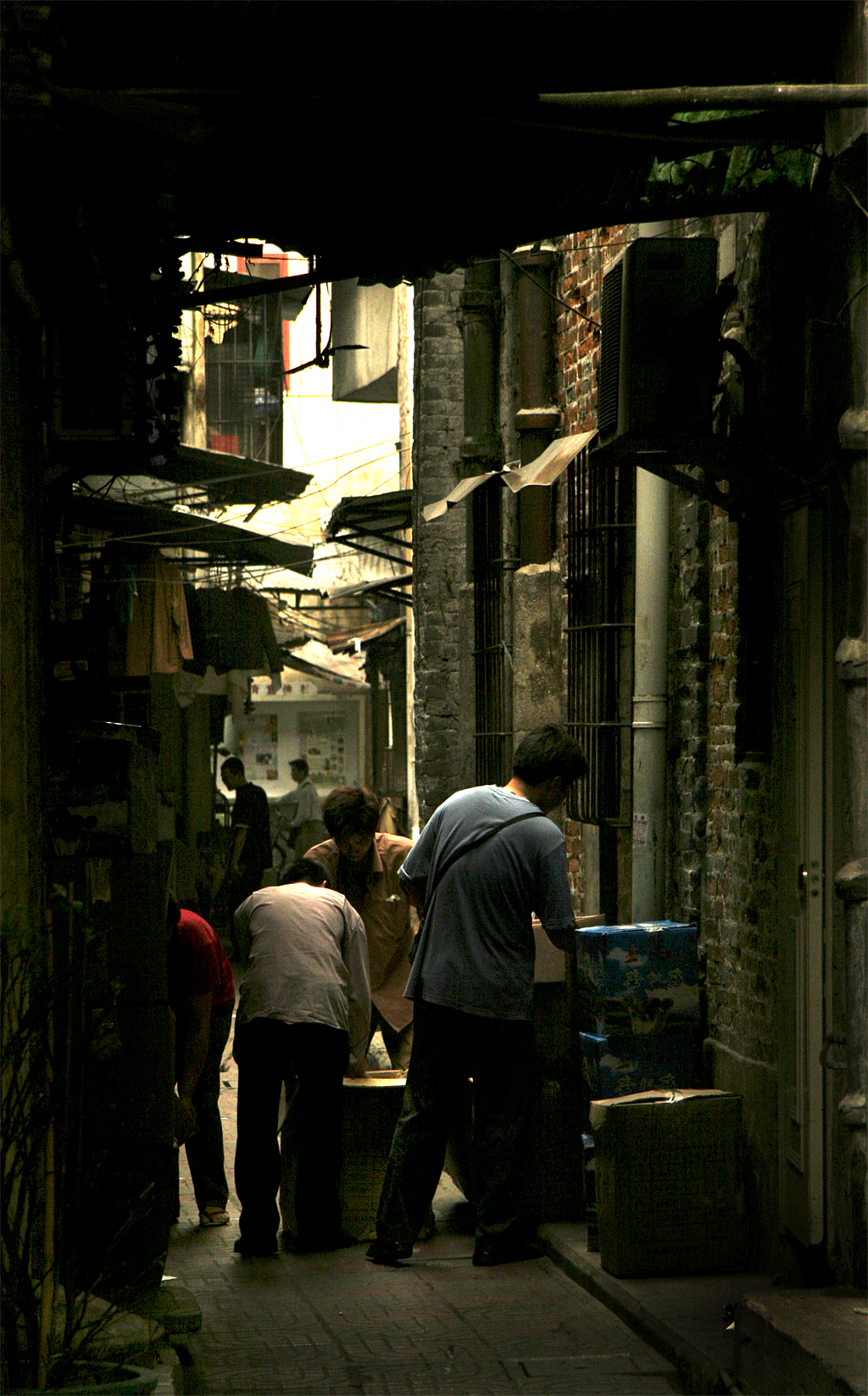 guangzhou alley author chepikian paul