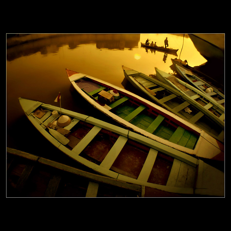 boats in old batavia harbour is name o prakarsa rarindra