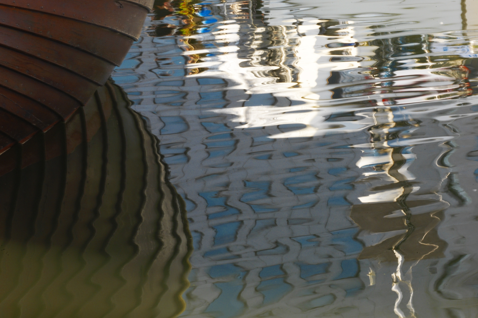 market square pond reflections author soini hannu
