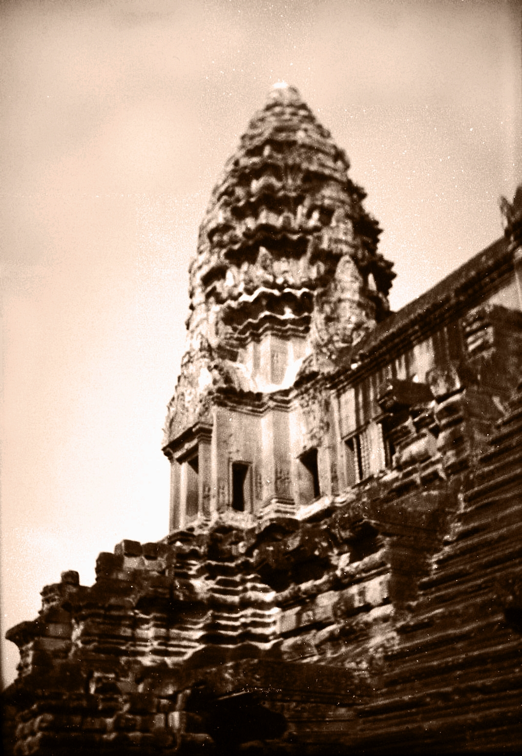 corner tower at angkor wat third level author tai martin