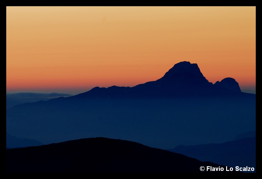 mountains silhouettes author lo scalzo flavio