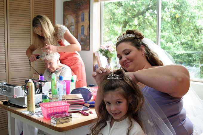 the bride does her daughter s hair author root j josh