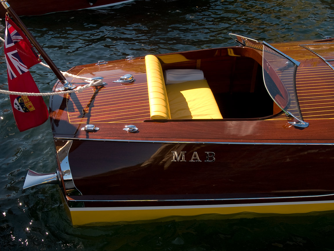 mab a canadian gentlemen s launch dual cowl rear c hull ray