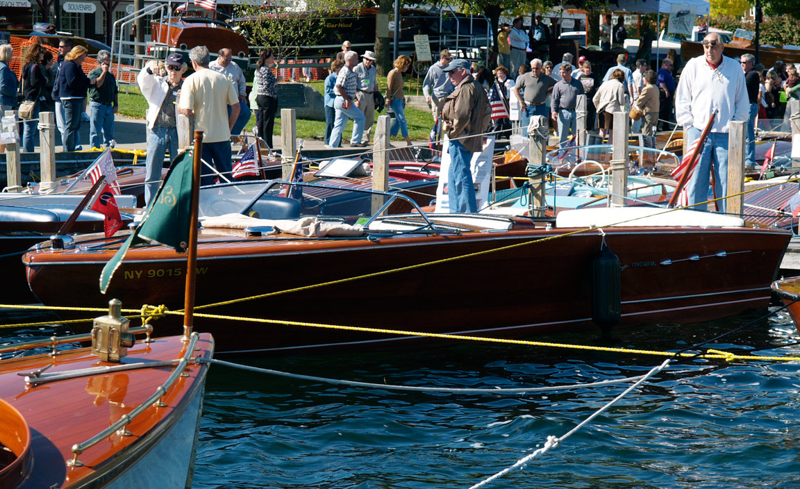 chris craft continental author hull ray