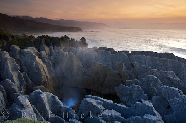 sunset at the pancake rocks punakaiki paparoa n hicker rolf