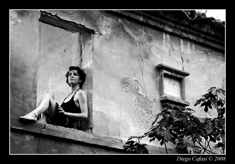 paola in the old country house author cafasi dieg diego