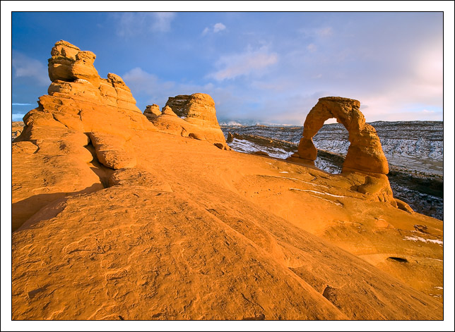 a rare tourist free afternoon at delicate arch all edge bret