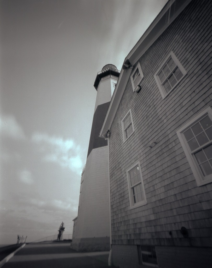 lighthouse and museum author isben lobalobo