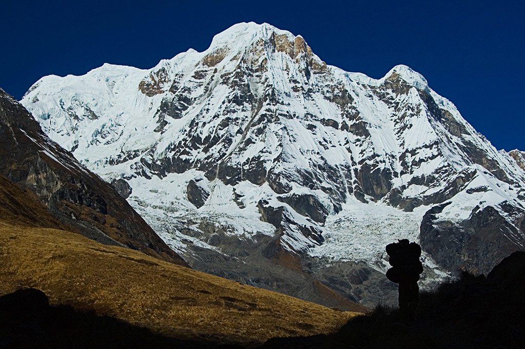 approaching annapurna basecamp author bloy bruce