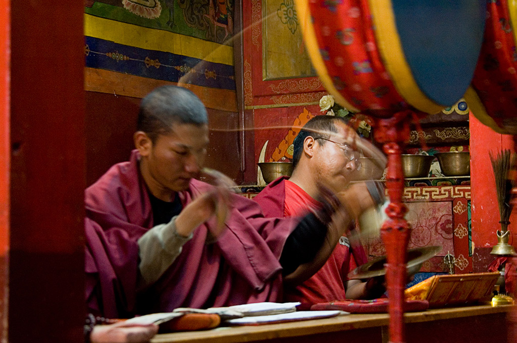 monks at blessing ceremony marpha author bloy bruce
