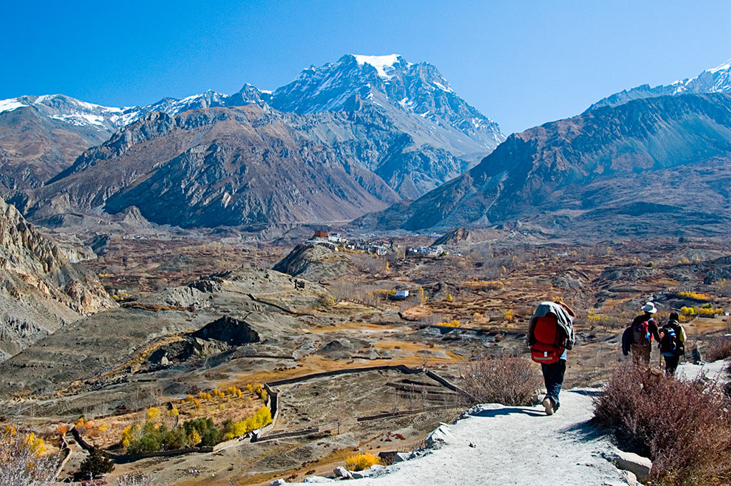 approaching muktinath author bloy bruce