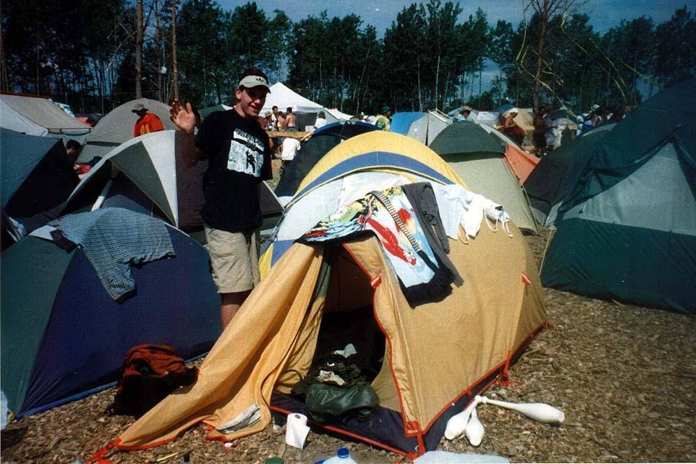 outside the tent in hey i m at woodstock pose simoni justin